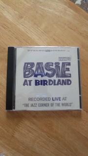 COUNT BASIE 「BASIE AT BIRDLAND」