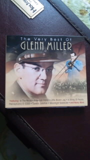 GLENN MILLER 「The Very Best Of GLENN MILLER」